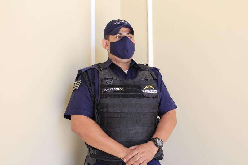 Vigilancia armada e desarmada